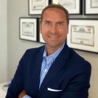 AXA Versicherung Neu-Isenburg Frank Reinhart